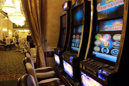 Играть бесплатно в игровые автоматы супер слотс