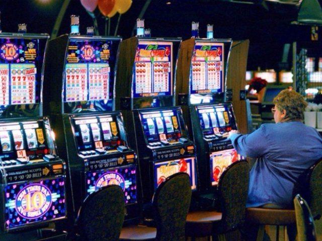 Играть в популярные азартные игровые онлайн слоты в интернет Казино Максбет